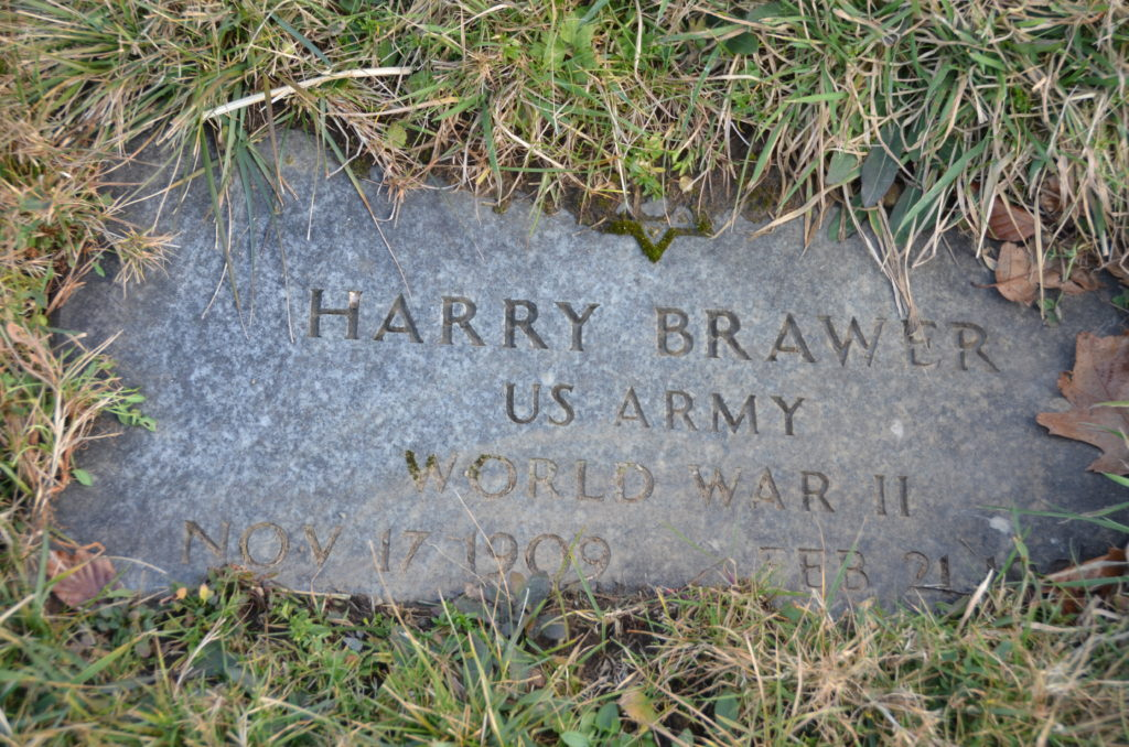 Harry Brawer (footstone)